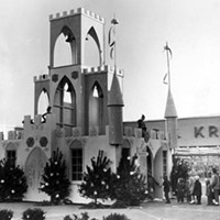 15 Vintage Memories from the Soon-to-be-Demolished Parmatown Mall Santa Clause castle.