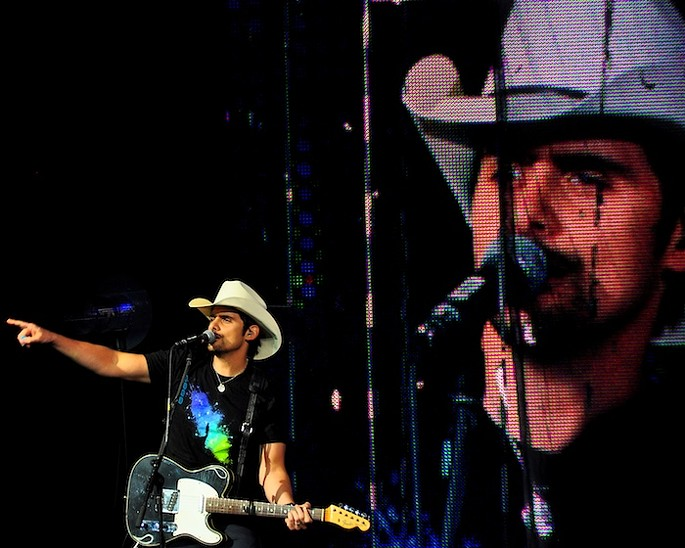 Slideshow: Brad Paisley, The Band Perry at Blossom