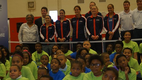 The U.S. FedCup team with the children of the Inner City Tennis Clinic