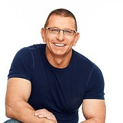 Food Network Star Robert Irvine Comes to Cleveland this Summer