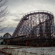 Cleveland Teenager the Latest to Break Into Abandoned Geauga Lake Seeking Amusement Park Ruin Porn Pics