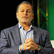 Dan Gilbert Could Acquire Yahoo! with Warren Buffett's Help