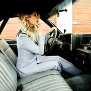 Veteran Alt-Country Singer-Songwriter Elizabeth Cook Delivers Compelling Collection of Personal Songs