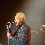 Schlock Rocker Tom Jones Shows Off Soulful Side at Hard Rock Live