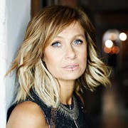 Aussie Alt-Country Singer-Songwriter Kasey Chambers to Play Music Box Supper Club