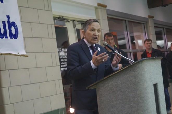 Dennis Kucinich electrifies the crowd at the Lakewood Women's Pavilion (3/29/2018). - SAM ALLARD / SCENE