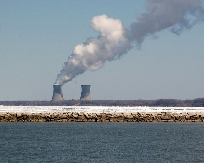 The Perry Nuclear Power Plant sits 40 miles east of Cleveland on Lake Erie. - (WAINSTEAD/CREATIVECOMMONS)