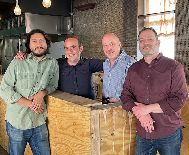 Proprietari e personale: Luke Haldman, Patrick Capuzo, Jay Letson e Izzy Schechner (LR).  - Cortesia Eli's Restaurant