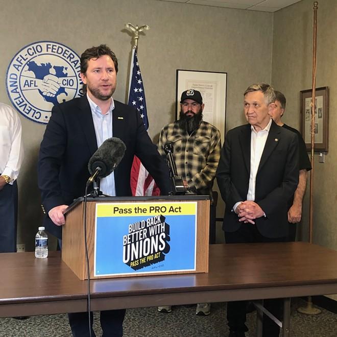 Dan O'Malley, Executive Secretary of the North Shore AFL-CIO, announces the endorsement of Dennis Kucinich, (7/16/21). - SAM ALLARD / SCENE