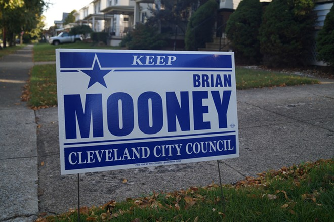 """A """"Keep Brian Mooney"""" sign in Cleveland's Ward 11, paid for by the Council Leadership Fund (10/13/21). - SAM ALLARD / SCENE"""