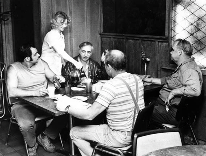 """L-R ... Tony Yacovella ... Robin Coleman - waitress ... Nick Cantola ... Billy Merrell ... Russ Whisenant ... all work for Cleveland Stevedore ... None of the above work at night -"""" - CLEVELAND MEMORY PROJECT/ 1978 PHOTO"""