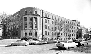 LAKEWOOD HOSPITAL IN 1956.