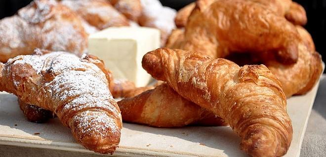 bloom_bakery_croissant.jpg