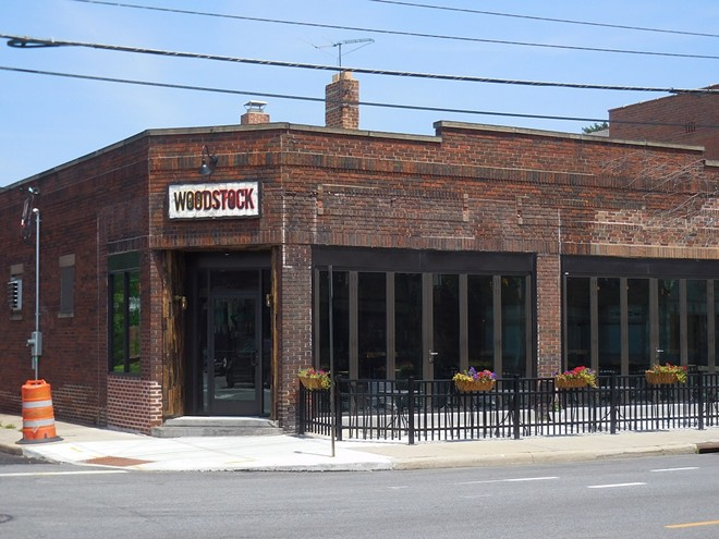 exterior_of_woodstock_bbq.jpg