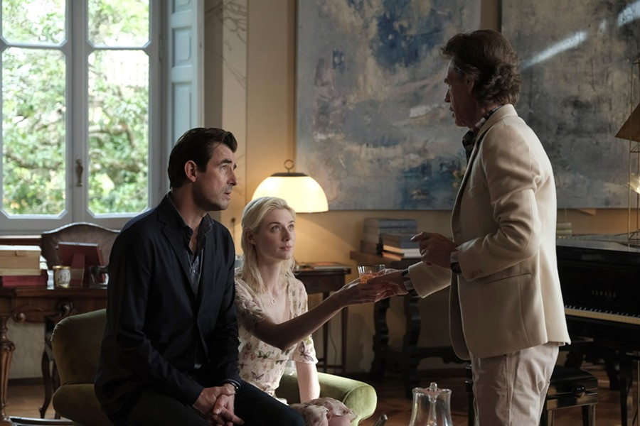 Claes Bang, Elizabeth Debicki and Mick Jagger in Burnt Orange Heresy - SONY PICTURES CLASSICS