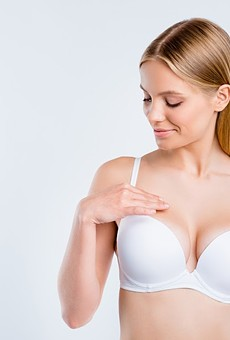 Best Breast Enlargement Pills: Top 5 Natural Breast Growth Supplements of 2020
