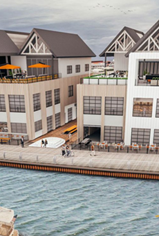 Smokey's BBQ and Saloon will bring barbecue to the East Bank of the Flats.