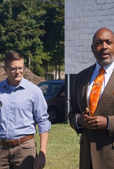 Blaine Griffin (R), announced his endorsement of Kevin Kelley outside the DREAM mural at E. 110th and Woodland, (9/16/21).