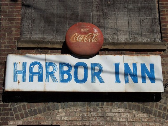 Harbor Inn - SCENE ARCHIVES PHOTO