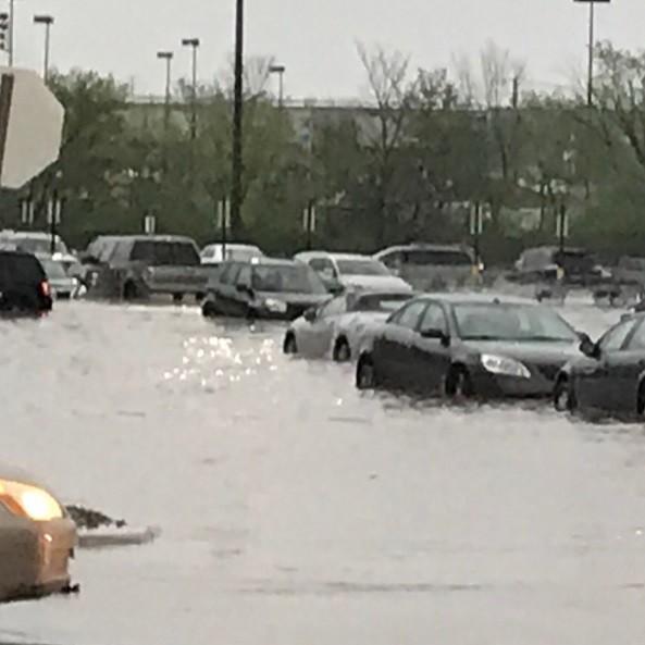Brooklyn Sam's Club during yesterday's flash flooding. - PHOTO VIA MAILMANTAZ/INSTAGRAM