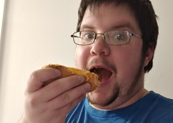 One Ohio Man Vows to Eat 1,000 Skyline Chili Coneys in 2019 Without Barfing Everywhere