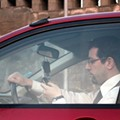 Proposed Ohio Law Would Allow Police to Pull Over Drivers for Phone Use