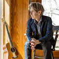 A Relaxed Approach Works Well for Guitarist Eric Johnson