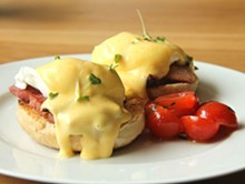 eggs_benedict-01-cropped-wikimedia.jpg