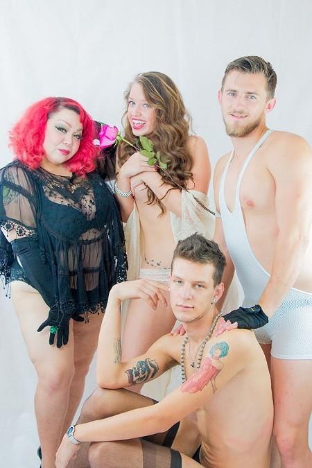 burlesque1-2.jpg