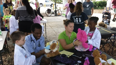 community-teddybearclinic-9.jpg