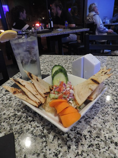 The Hummus and Veggie Pita Plate. Photo by Cheryl Baisden Solis