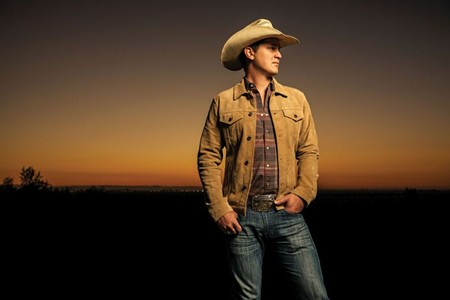 Pardi hardy: The Lucky Tonight Tour is coming to Savannah.