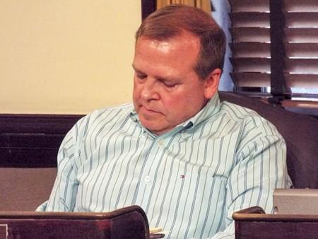 Tony Thomas at his censure meeting - PHOTO BY ORLANDO MONTOYA