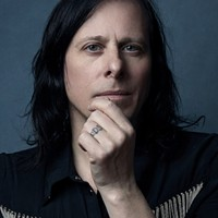 Ken Stringfellow brings 'Touched,' Posies hits to Neighborhood Comics
