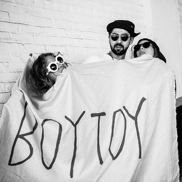 boytoy1-2.jpg