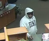 160121_-_robbery_suspect_4_.jpg