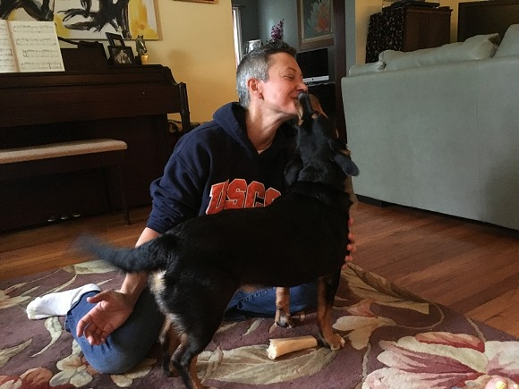 No live bones were harmed during Sue Finke's Reiki session with the orally-fixated Geechee.