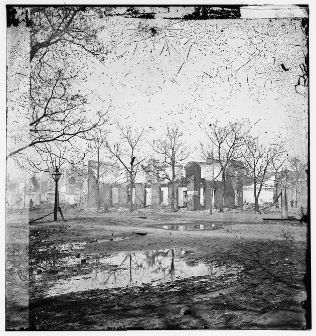 A fire did cause great damage in Savannah over a month after the city's surrender, but it wasn't started by Sherman's troops.