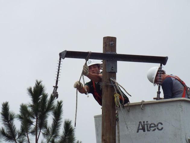 electrical_lineman-dannythornton5.jpg