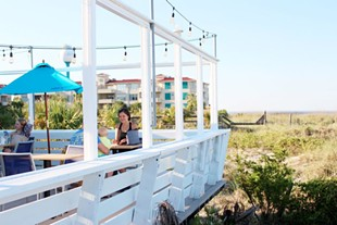 Dining in the Dunes: The Deck Beachbar and Kitchen on Tybee