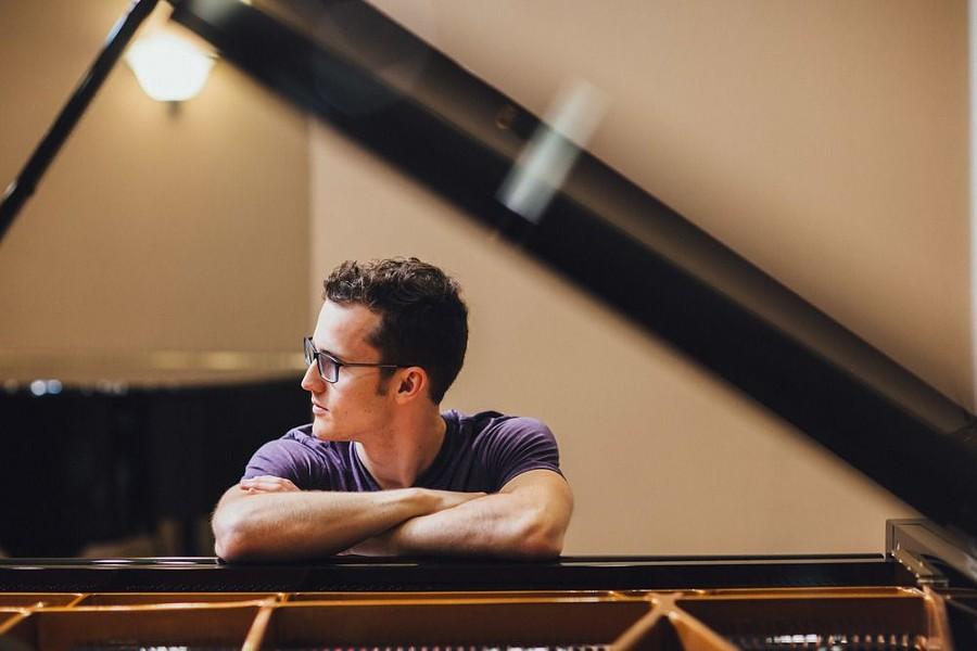 piano1-1.jpg