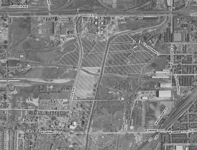 1951 Aerial image of the arena site with city-owned parcels in light hatching. Source: USGS