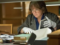 <i>Can You Ever Forgive Me?</i> tells the tale of a lovable liar