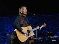 Gordon Lightfoot returns to our 'Spanish Moss'