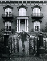 Jim Williams at the Mercer House - Uploaded by The-Imprincenator