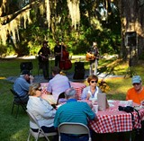 bf9c4812_band_and_crowd_bbq.jpg