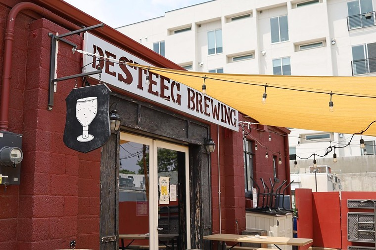 The De Steeg sign will replaced by one for Berkeley Alley. - DE STEEG BREWING