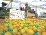MRGARIN/FLICKR (CC) - Berkeley Farmers' Market.