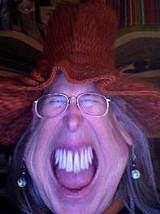 bobbie_hat_teeth_jpg-magnum.jpg