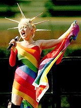 Cyndi Lauper stands out on the True Colors tour, Friday at the Greek Theatre.